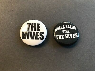 Lot Of (2) The Hives Sine Nulla Salus Music Promotional Pins New Rare Lot Of 2