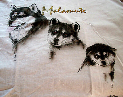 "Alaskan Malamute T-shirt  "" Natural "" Small ( 34 - 36 )"
