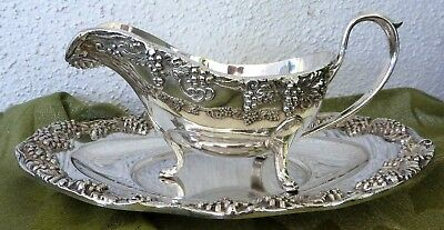 Silver Plate Gravy Sauce Boat Pitcher w/ Tray Grapes Vine Set Continental
