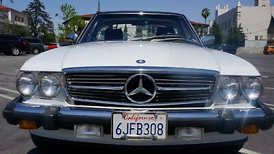 1989 Mercedes-Benz SL-Class Two Door Convertible 1989 Mercedes 560SL
