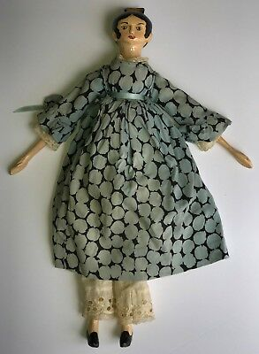 "VINTAGE  16"" 1970's Empire Waist wooden peg Doll Tuck Comb Beautiful clothes"