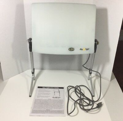 Day Light Classic 10,000 LUX Bright Light Therapy Lamp Box For SAD DL930
