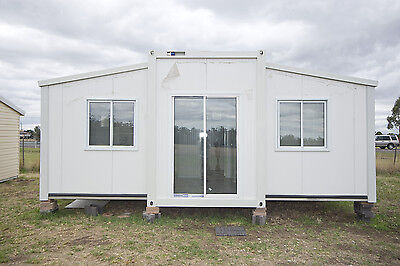 Transportable Expanda Cabin, 2 Br  Installed Bathroom And Kitch