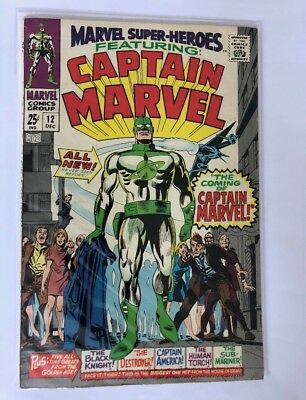Marvel Super-Heroes 12 1967 The 1st Appearance Of Caption Marvel !!!