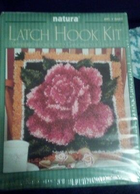 Latch Hook Kit - Pink Rose - Including Hook