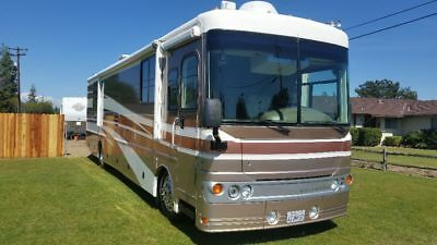2003 38u Fleetwood Excursion Diesel Pusher Class A Motor Home low miles RV