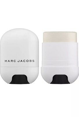 Marc Jacobs Glow Stick Illuminator - New in box