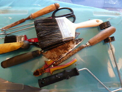 AAP55) Little bundle of used tools & garden implements (some tarnished)
