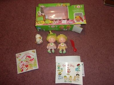Kenner Strawberry Shortcake Lem and Ada Doll with Woofen Dog and Box