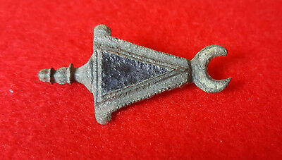 P52: AUTHENTIC  ANCIENT ROMAN   FIBULA -BROOCH   1-3c. AD