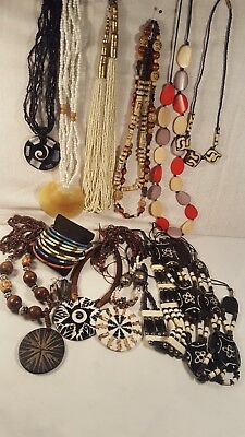 Jewelry  Beads Handcrafted / Ivory Look