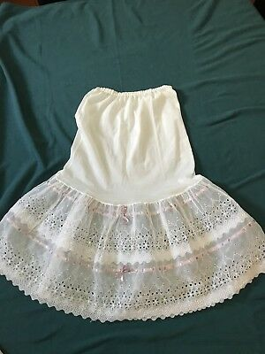 Vintage/Retro Ladies White Half Petticoat Ribbon And Lace Trim