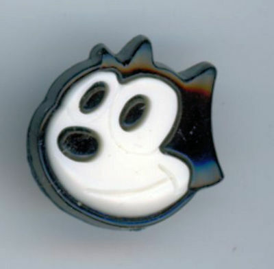 Felix the Cat realistic Button 2 piece snap together white on black hard plastic