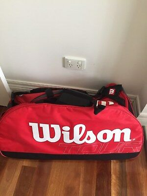 Wilson tour Red duffel bag shoulder strap tennis bag athletic workout As new