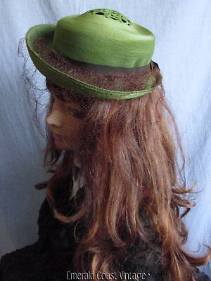 Girls Vtg 30s 40s Green Woven Hat Rolled Back Brim Brown Netting Ribbon Band