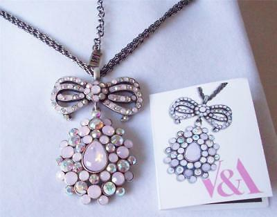 V & A The Victoria & Albert Museum London, Pink Garland Drop Necklace Rrp £110