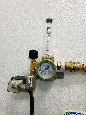 CO2 solenoid w/flow meter