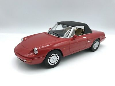 Alfa Romeo Spider 4 1990 - rot  - 1:18 KK-Scale  >>NEW<<