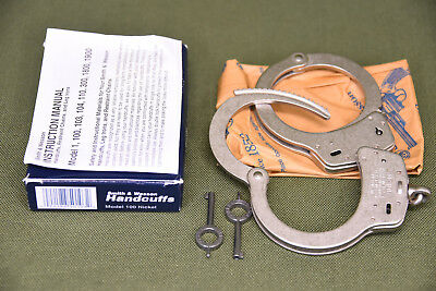Smith & Wesson M-100 Nickel Handcuffs Standard Chain 2 Keys 350103