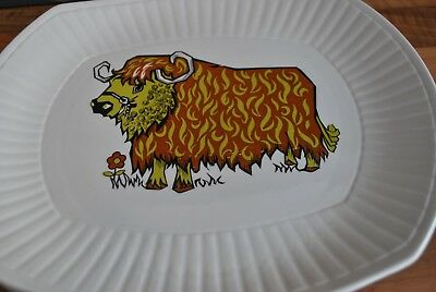 Rare English Ironstone Beefeater 1970's Cow Steak Plate