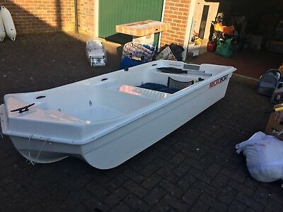 Microboat double skinned dory