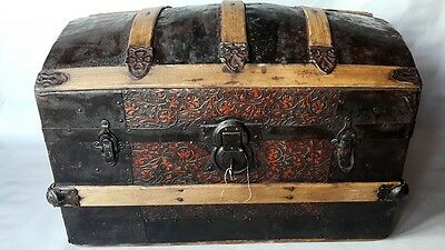 ANTIQUE WOODEN TRAVELING CHEST WITH METAL FITTINGS 19 century