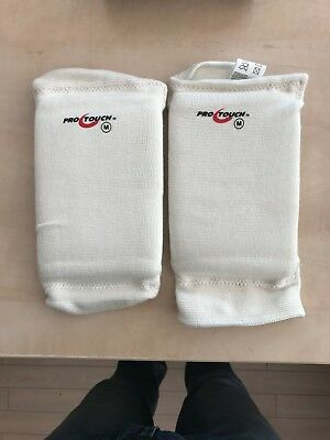 Pro Touch Knee Pad Gr. M   FB White  UVP 19,99 €