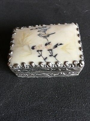 Antique Unmarked Silver And Porcelain Hand Painted Mirrored Pill/snuff Box
