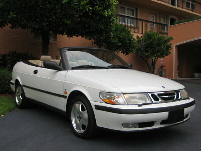 Saab 9-3 2dr Convertible SE HO Turbo Manual 1999 SAAB 93 SE TURBO CONVERTIBLE - FINEST EXAMPLE AVAILABLE - SIMPLY STUNNING !