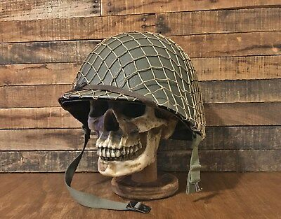Original Wwii Us Army M1 Combat Helmet ~ Fixed Bale Front Seam -  D-Day Complete