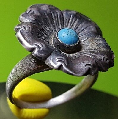 BYZANTINE SILVER FLOWER RING with BLUE STONE !!