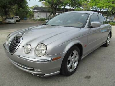2000 Jaguar S-Type  2000 Jaguar S-Type 3.0 4dr Sedan 3.0L V6 Automatic Leather Sunroof FLORIDA OWNED