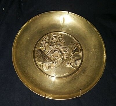 Vintage Cockington Forge 3D Relief Brass Decorative Plate Wall Decor USED #2