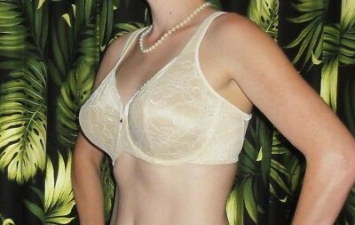 Vintage Ivory Bali Bullet Bra 40 D pin up clothing girl 1950's retro lace