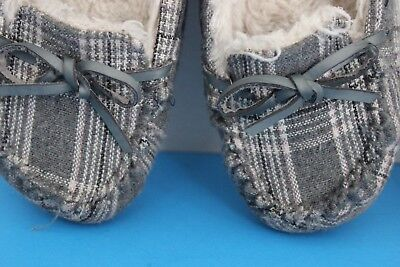 0d354f2a57d72 Airwalk Girl's Gray Plaid Faux Fur lined MOCCASIN Slippers~Size 1~Rubber  Soles
