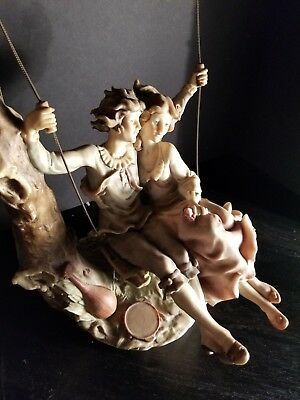"VTG 1982 Giuseppe Armani  Figurine ""Young Lovers on a Swing"""