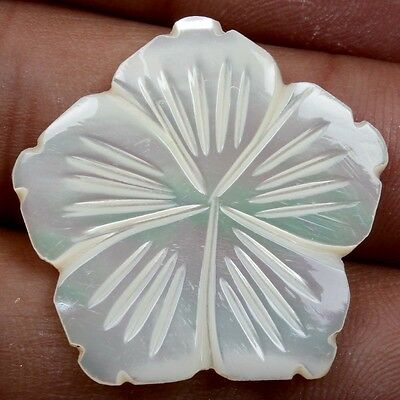 WHITE MOTHER OF PEARL 14.5 Cts Flower Carving Gems 27x27 mm For Pendant S-22202