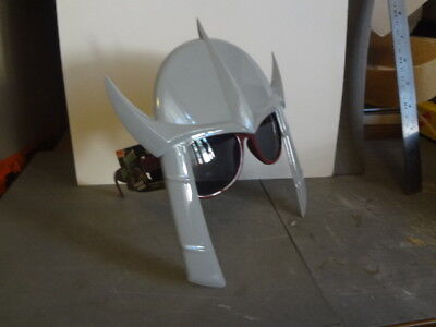 Nickelodeon Shredder Shades Kid Sunglasses with Teenage Mutant Ninja Turtle prop