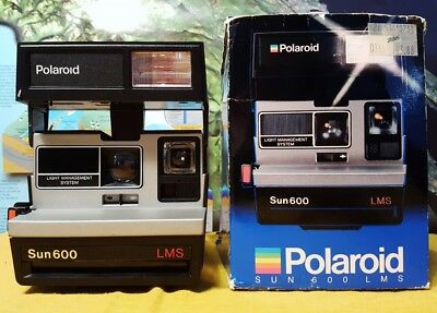 Polaroid Sun 600 LMS Instant Film Land Camera with Box ~ EXCELLENT CONDITION
