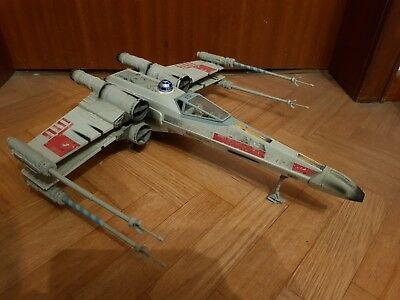 star wars - The Power of the Force - Luke Skywalker's Red Five X-Wing Fighter