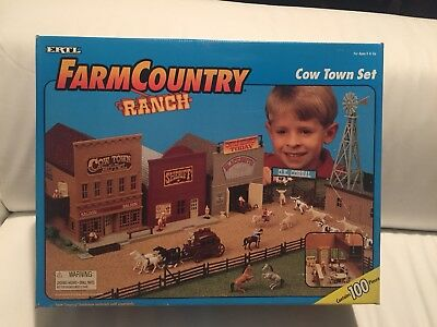 ERTL Farm Country RANCH Cow Town Set 1/64 Sealed 1995