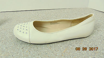 b801ea3e968 GIRLS-STEVE-MADDEN-WHITE-FLATS-SUENNA -SIZE -2.5-DRESS-SHOES ...