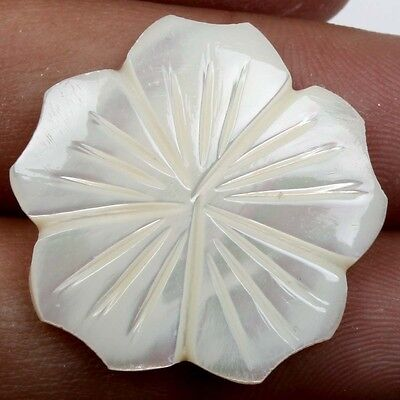 26x26 mm Flower Carving WHITE MOTHER OF PEARL Gemstone Exporter 17 Cts S-22208