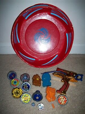Large Lot Metal Beyblades Arena Hasbro Tomy Double Launcher + Bey Launcher