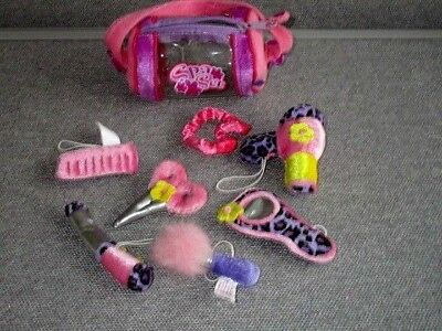 Friends 2B Made Doll-SPA Set-Bag-Hairdryer-Scissors-Curling Iron-Comb- Lot A37