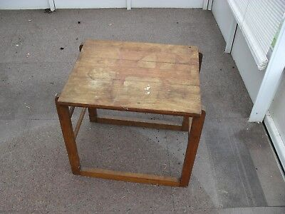 Awe Inspiring Old Small Table Display Stand 2 00 Picclick Uk Caraccident5 Cool Chair Designs And Ideas Caraccident5Info