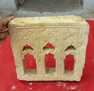 1800's ANTIQUE RARE HAND CARVED SAND STONE HEAVY ARCHITECTURAL WALL WINDOW JALI