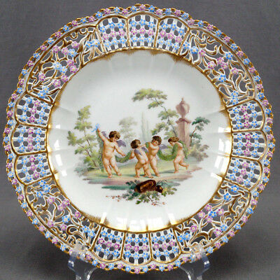 Meissen Cherubs & Stone Urn Reticulated Floral Forget Me Not Encrusted Plate