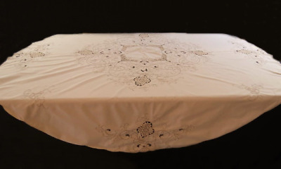 Vintage Tablecloth - Round Embroidered Tablecloth With Crochet Inserts