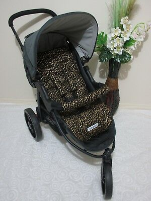 Handmade pram liner set-Metallic gold arrows-100% cotton*Funky babyz,SALE*